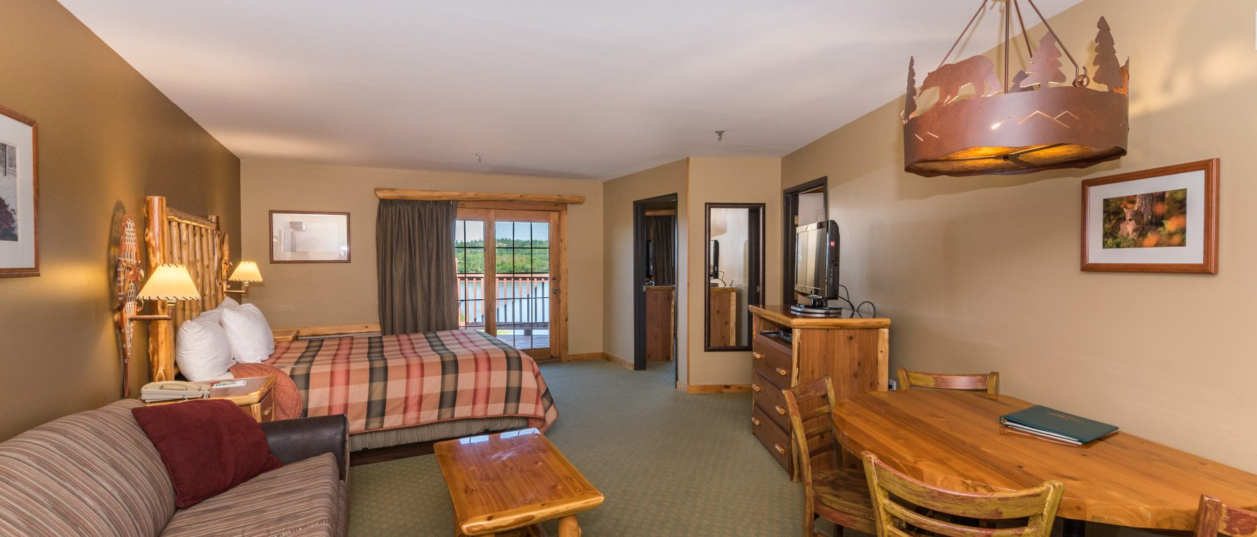 Spacious Two-Room Suite at Grand Ely Lodge